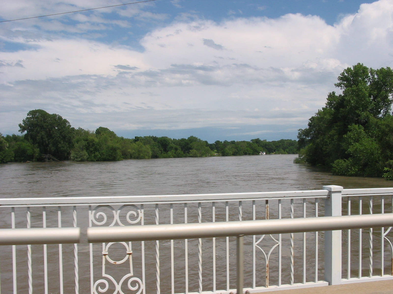 Des Moines River at 2nd Avenue looking downstream. Photo taken by Ken Podrazik/Karl Jungbluth on June 12, 2008. The crest at this location was 31.57 feet and occurred on Friday June 13, 2008. The record crest was 31.71 feet on July 11, 1993.