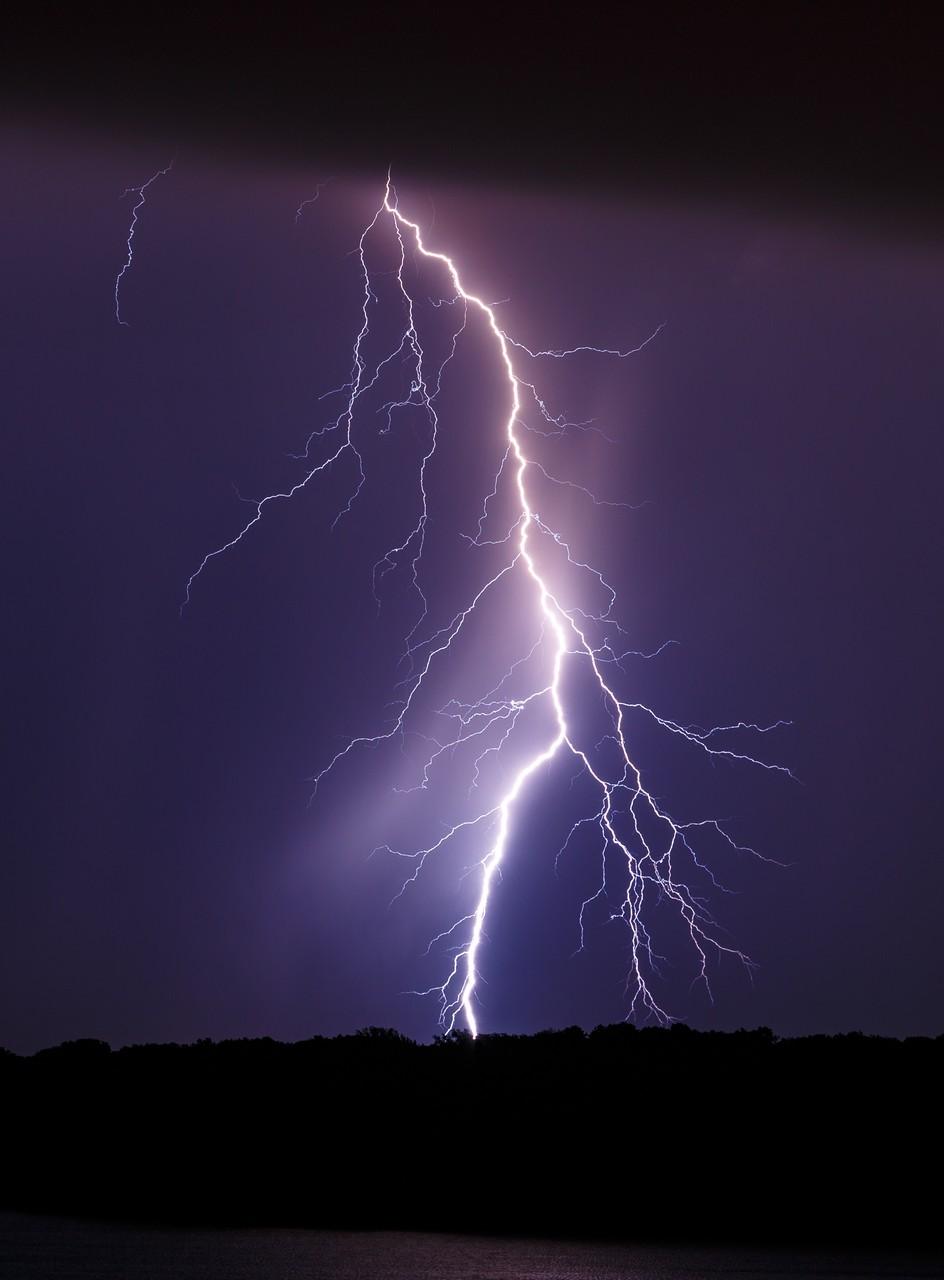 DSM Lightning 8